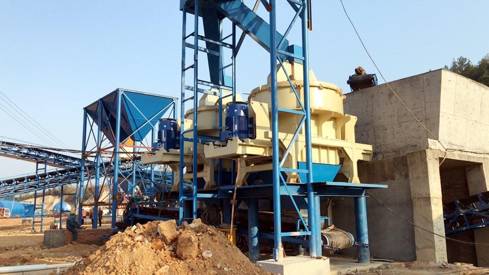 湖南时产300吨机制砂生产线设备安装到位