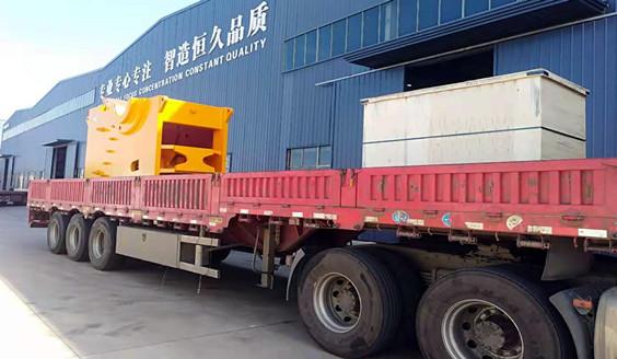 <b>福建时产350吨碎石设备发货</b>