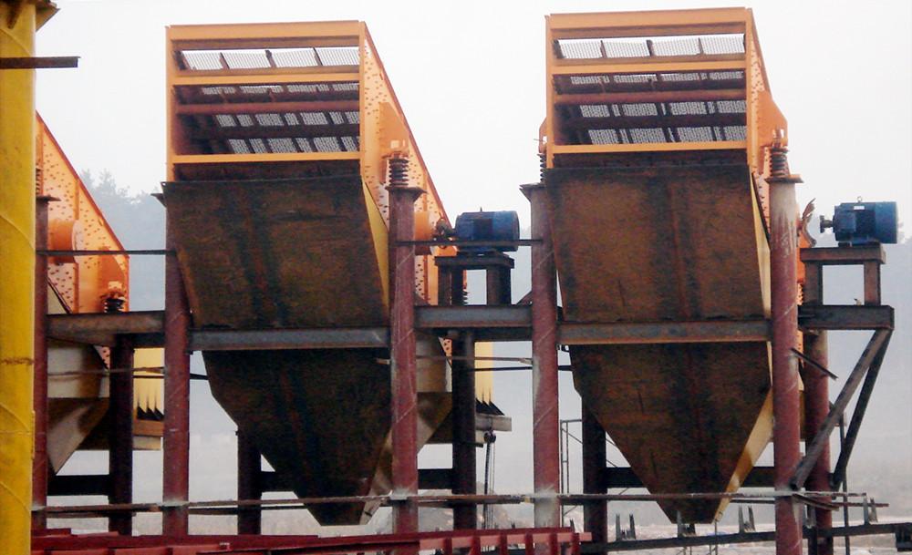 时产100吨青石料生产线设备配置及工艺流程图
