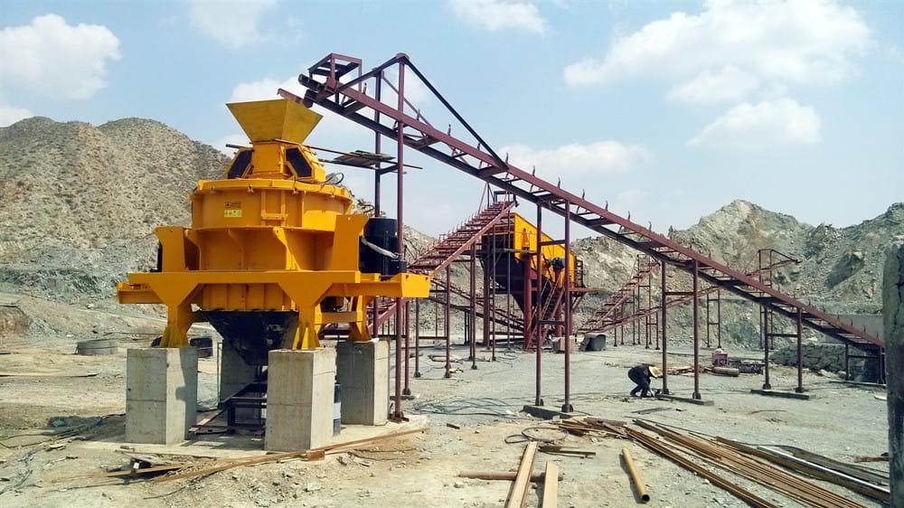 时产350吨凝灰岩破碎筛分设备选型及工艺流程