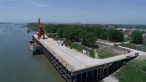 投资2.55亿元、年吞吐量450万吨、4个3000吨级