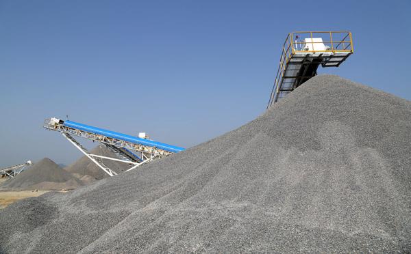 <b>为了缓解砂石供需矛盾,河南政府带头推广机制砂应用!</b>